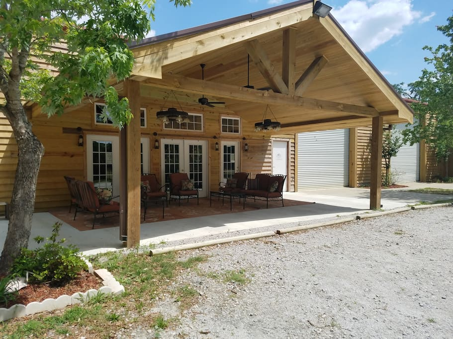 Hunting Lodge With 6 Bedrooms Cabins For Rent In Statesboro Georgia United States
