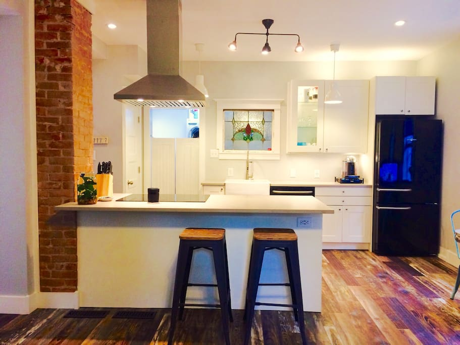 Fully stocked modern kitchen with vintage touches