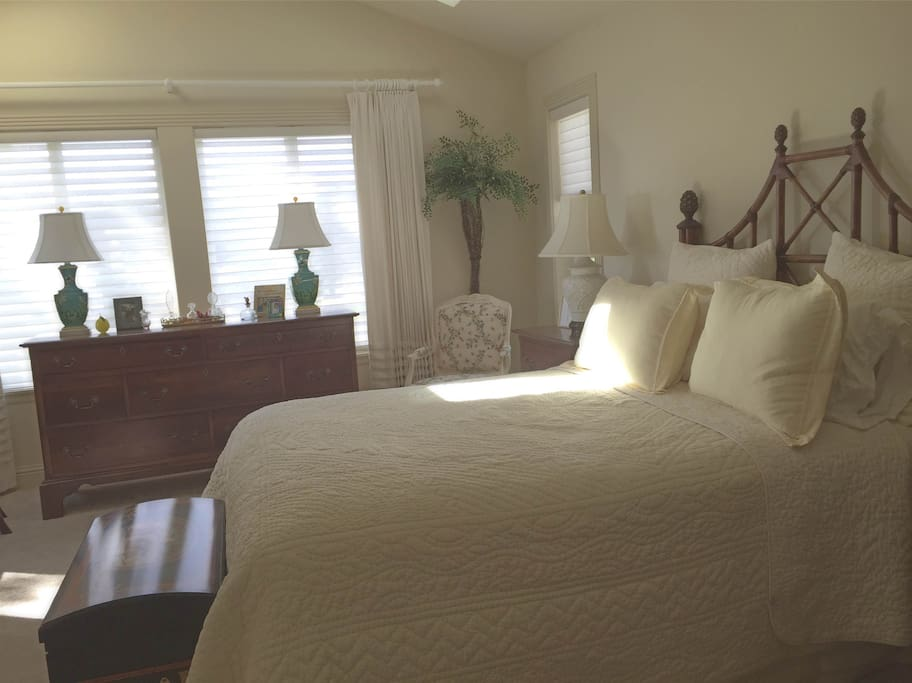 Large second floor master with queen bed and full bath