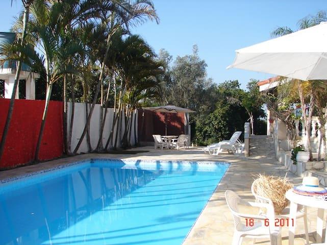 Chácara com piscina em Mairinque - SP - Mairinque - Casa
