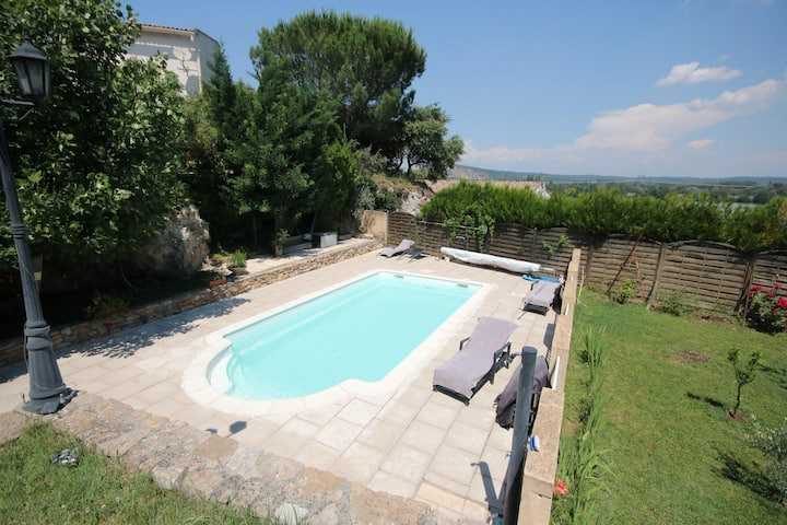 Comfortable house with views of the Rhone
