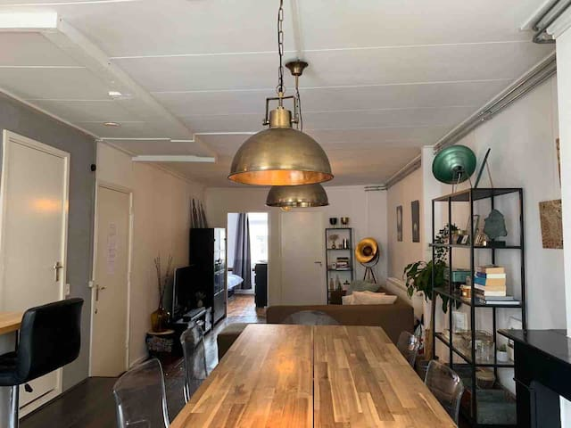 Trendy, Industrial appartment in Amsterdam Oost