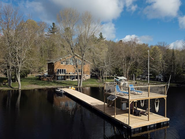 Beautiful log home on Moira Lake and Moira River