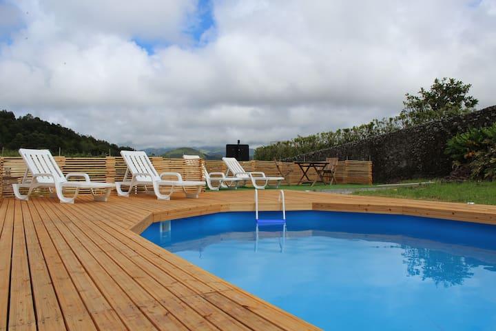 Apartamento em zona tranquila - Pico da Pedra - Lejlighed