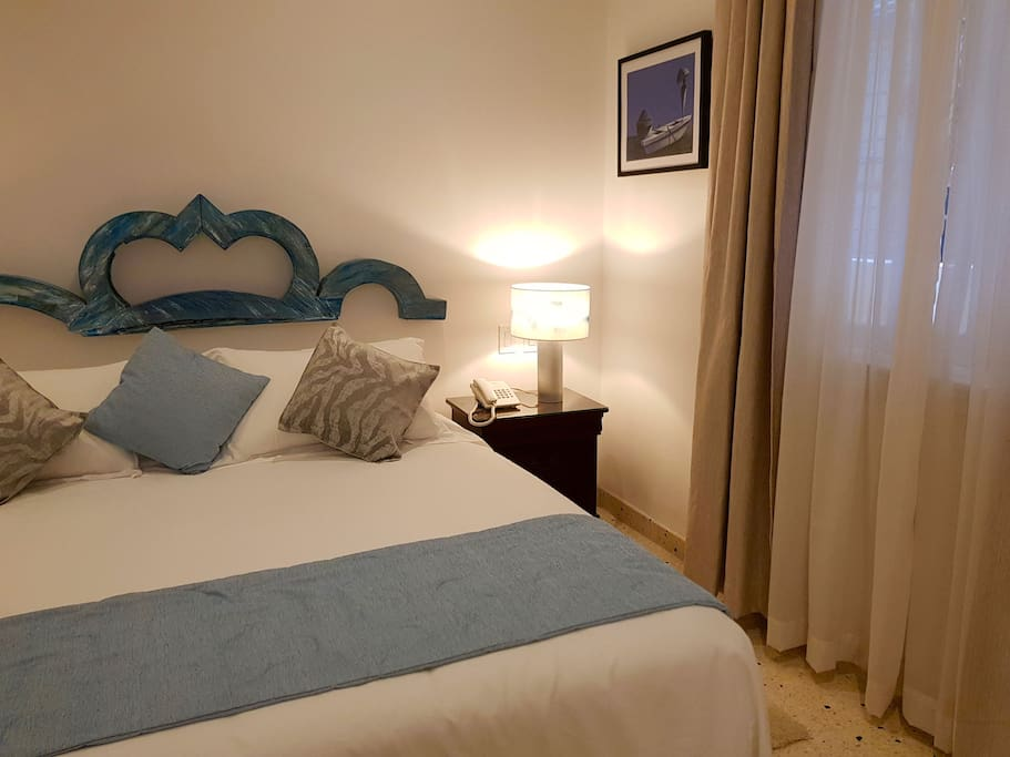 Room 3 - Jr. Suite - Boutique Hotel 5ta y 8 Vedado