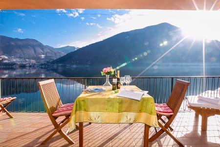 Casa al Lago Lakefront Apartment - Valsolda - Apartmen