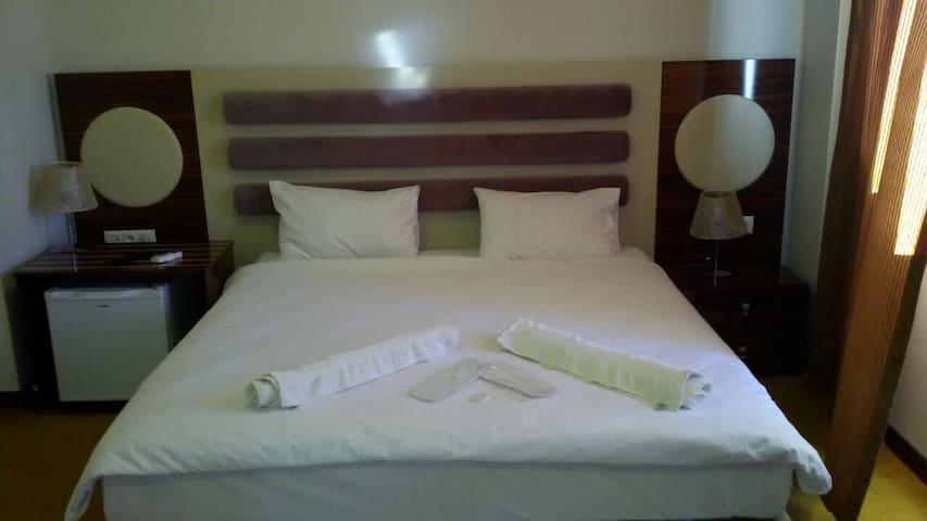 İzmir merkezde ekonomik otel odası - İZMİR - Apartment