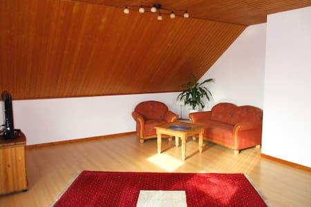 Schöne Wohnung in 2-Familienhaus - Korschenbroich - Appartement