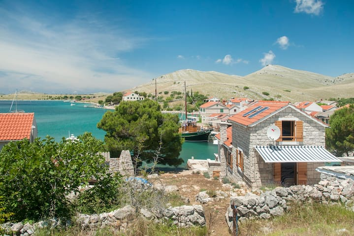 HH Queen of Kornati- Lovely Ap. w/terrace,Sea View