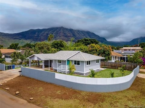 Perfect escape house minutes from the beach!