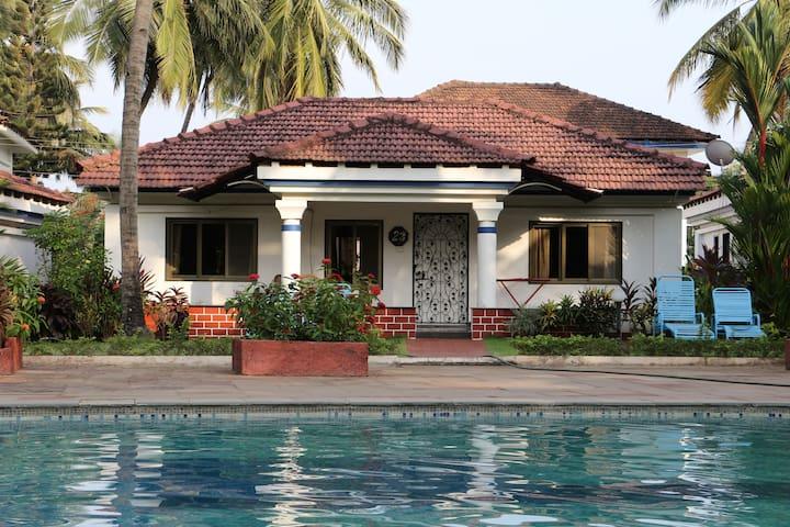 Villa Jaya by the pool