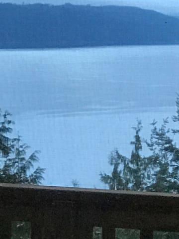 The Seamount Chalet - Brinnon - Rumah