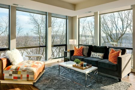 A place to call home   1BR in Minnetonka