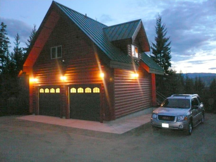 Log Coach House