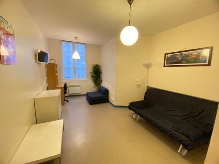 Nice studio of 19 m² in the center of Bayonne