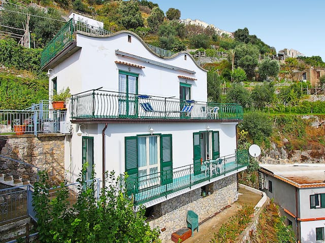 """Albamagica"", 5-room house 120 m² for 7 persons"