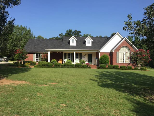 Russell Home - Pontotoc - House