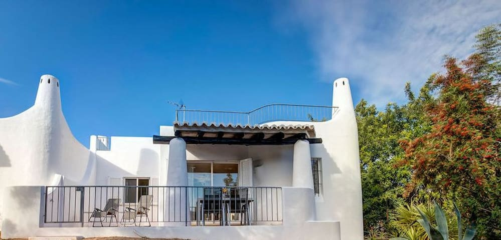 2 bedroom bungalow on Quinta do Paraiso, Carvoeiro