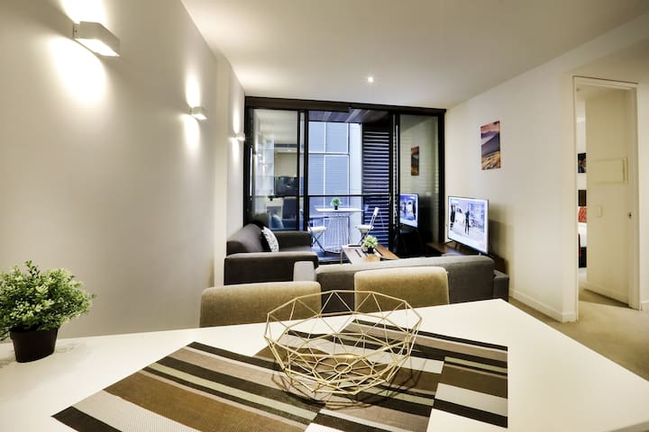 Two Bedroom Executive Apartment in CBD