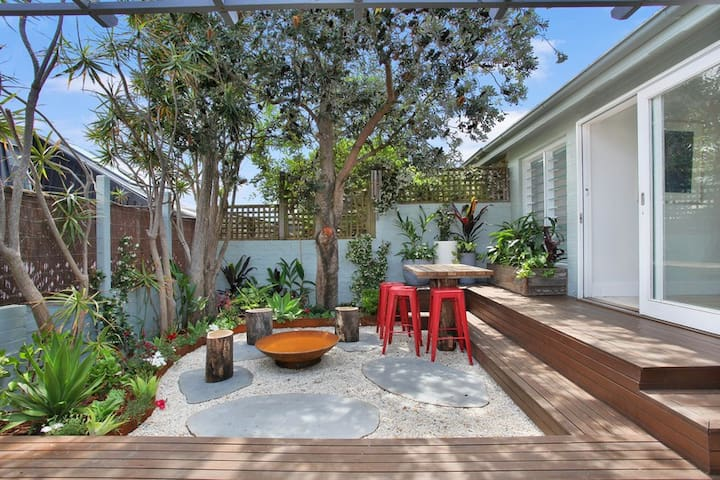 Modern Bondi Beach House 4 bedroom