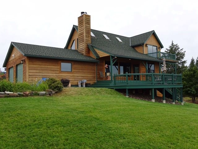 Montana Homeplace-40 acre estate w/mountain views - Rexford - House