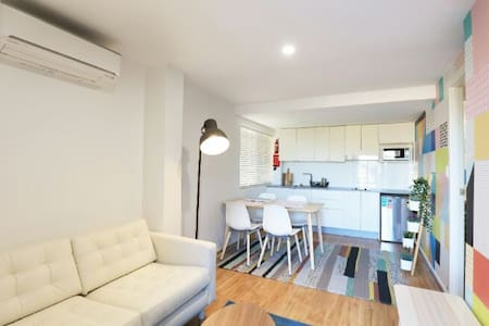 Sensational A/C,FREE WiFi, Self Contained, Private