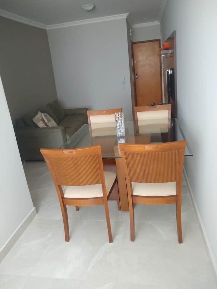 Apartamento confortável e seguro bem aconchegante.
