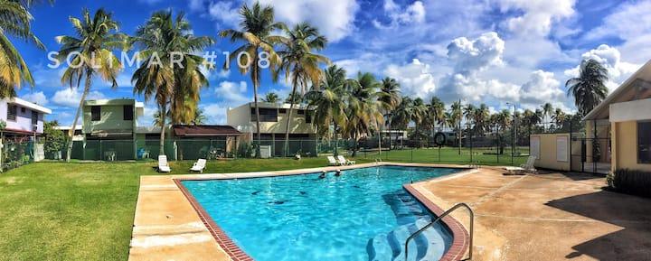 Tropical Family Beach House ☀️(Wifi+BBQ+Deck)🏖
