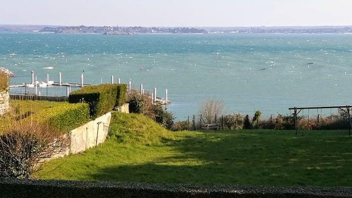 Beautiful South Sunny Sea View