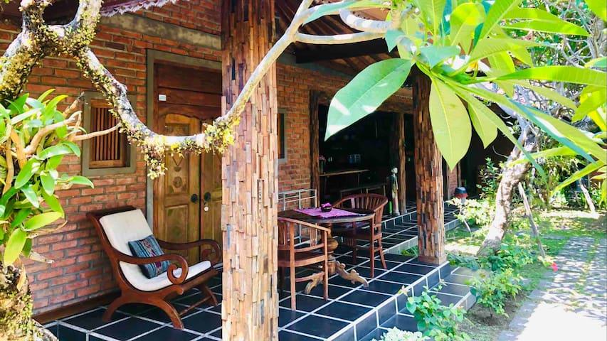 Peace Palace Sanur Bali (Single Bedroom)
