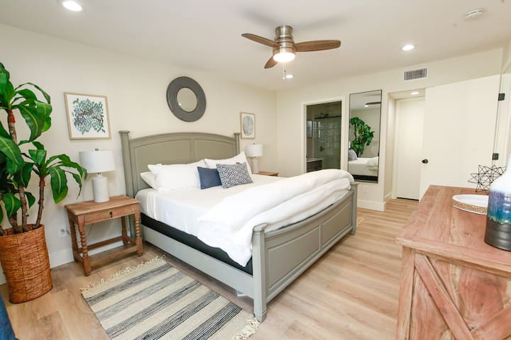 Owners Suite features King tempurpedic bed with closet, dresser and private bath.