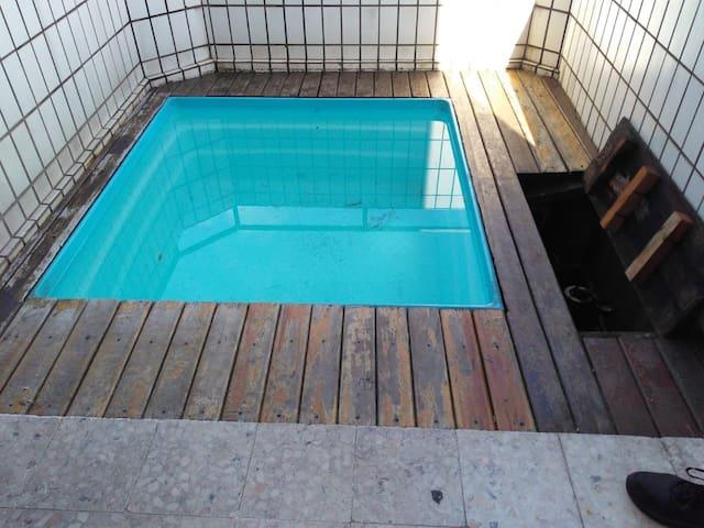 Apart. duplex Santos,piscina interna.Frente ao mar