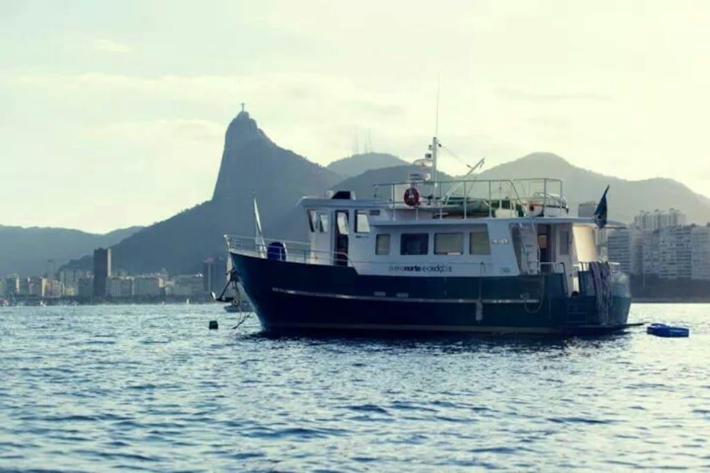 """O barco """" Buddha Boat! """""""