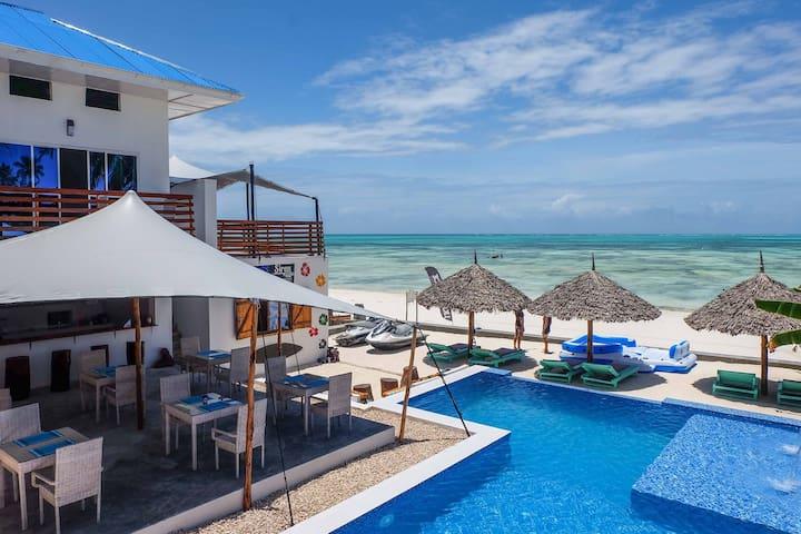 TheSpot Zanzibar Side View Room