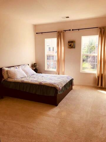Near DC private room&nice mattress single house