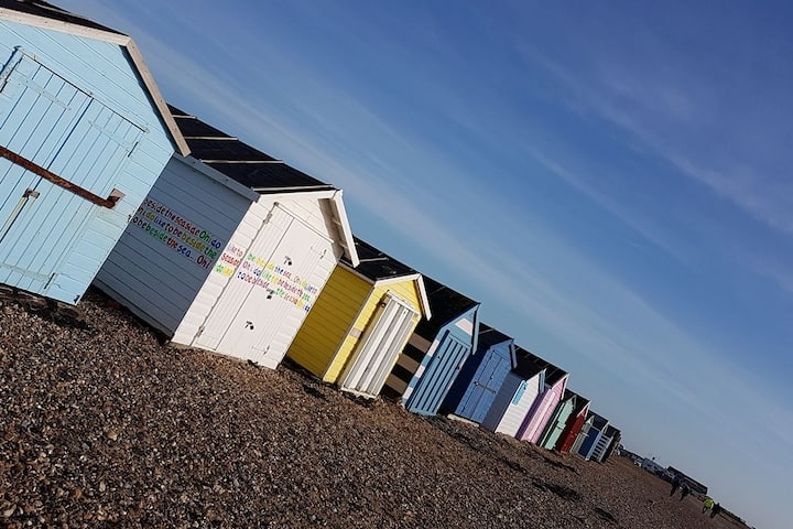 Hayling Island, North Shore- Private Rooms
