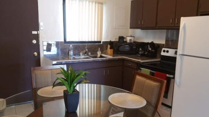 Weekly and monthly specials!!! 2bedroom unit!!