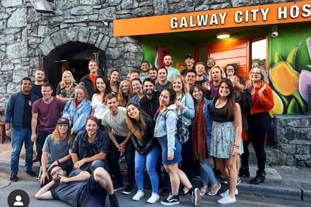 6 Bed Female Only Dormitory @ Galway City Hostel