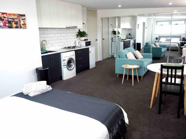 Cozy, Bright and Private Studio Apartment