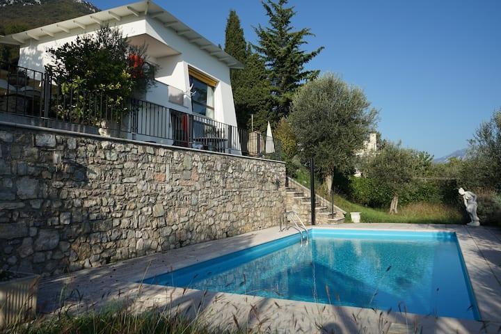 Villa Bianca: Lake view, Private pool, AC