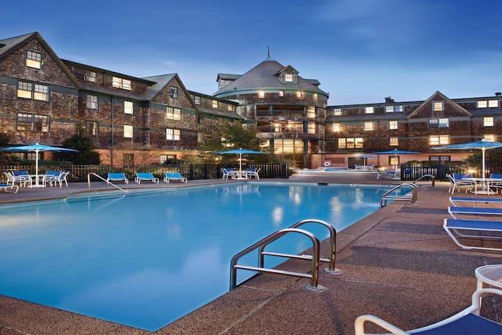 Long Wharf Resort-Location!! beautiful Resort