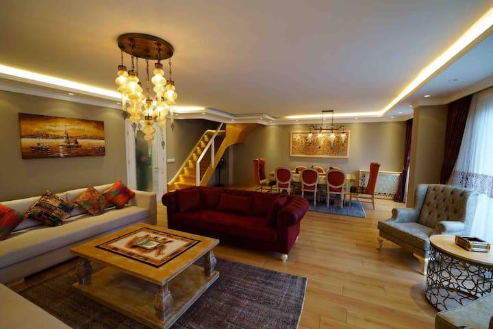5 Bedroom Duplex With Amazing Sea View and Jakuzi