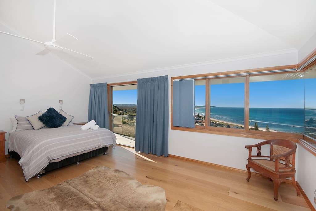 Wave Hill House - Ocean Views!