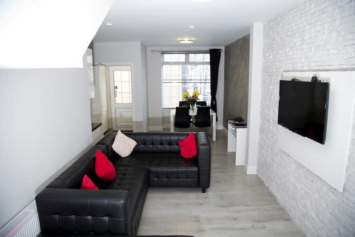 Town Centre Superiour Apartment