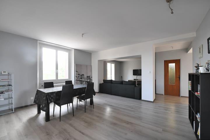Loft 120 m2 à 5 min d'Alès - Saint-Hilaire-de-Brethmas - Haus