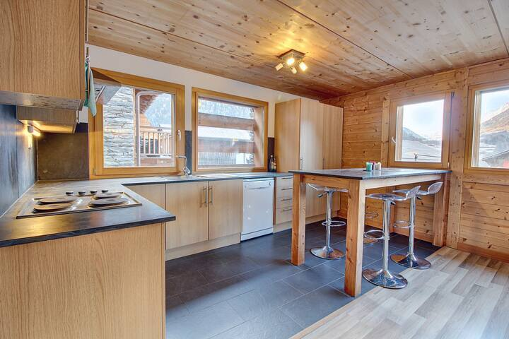 Ski in the alps Verbier valley 1 bed ski apartment