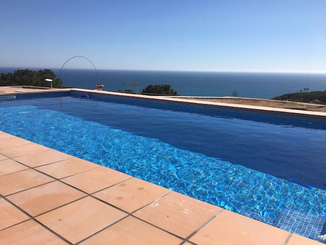 Villa with spectacular sea view 30mn to Barcelona - Sant Pol de Mar - Casa de camp