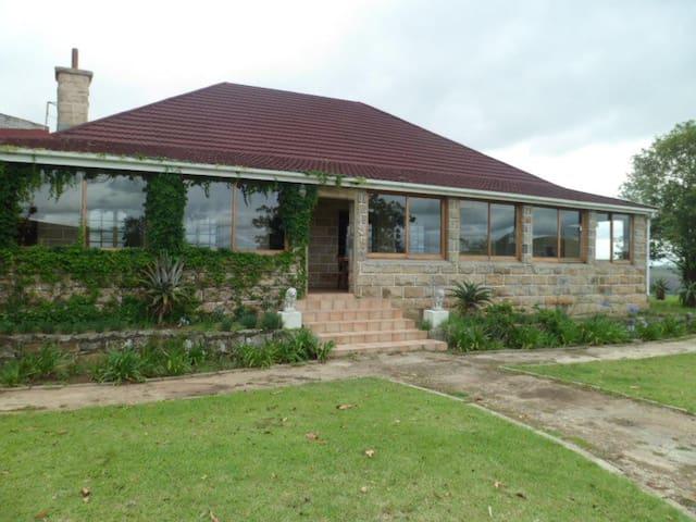 Thokazi Royal Lodge