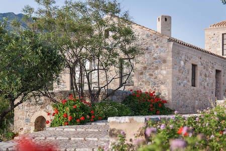 """""""TZOKEIKA"""" traditional settlement 5 - Agios Nikolaos - House"""