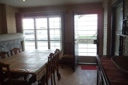Duplex con vista directa al mar - Ancón - Appartement